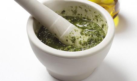 FB-Pesto-Sauce2